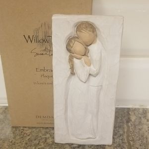 Collectible Willow Tree EMBRACE.